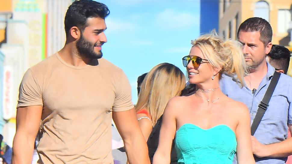 Britney Spears Boyfriend Sam Asghari Gets Very Romantic On Instagram HollywoodGossip