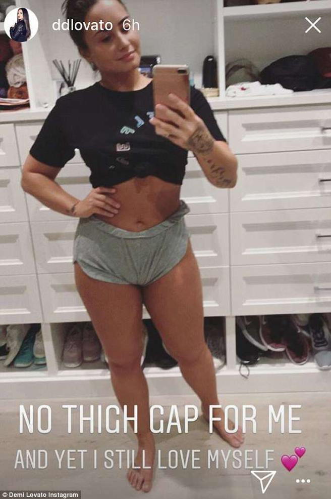 Demi Lovato Shows Her Cellulite And Her Stretch Marks HollywoodGossip