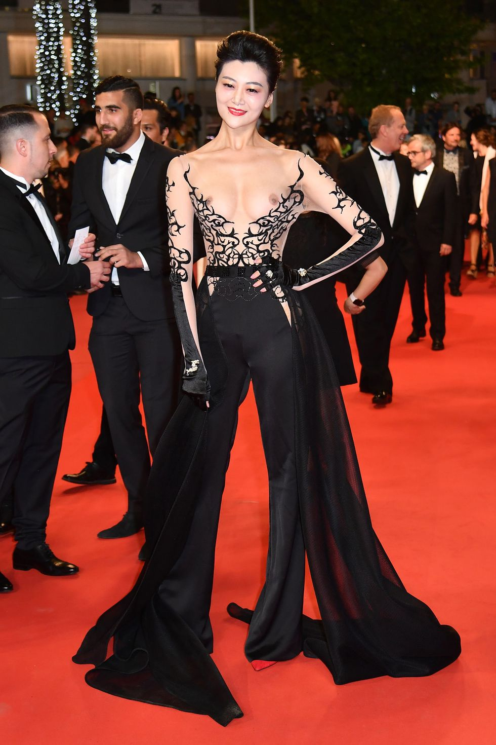 9a0c4e53 Most Glamorous Naked Dresses from Cannes Film Festival 2018 ...