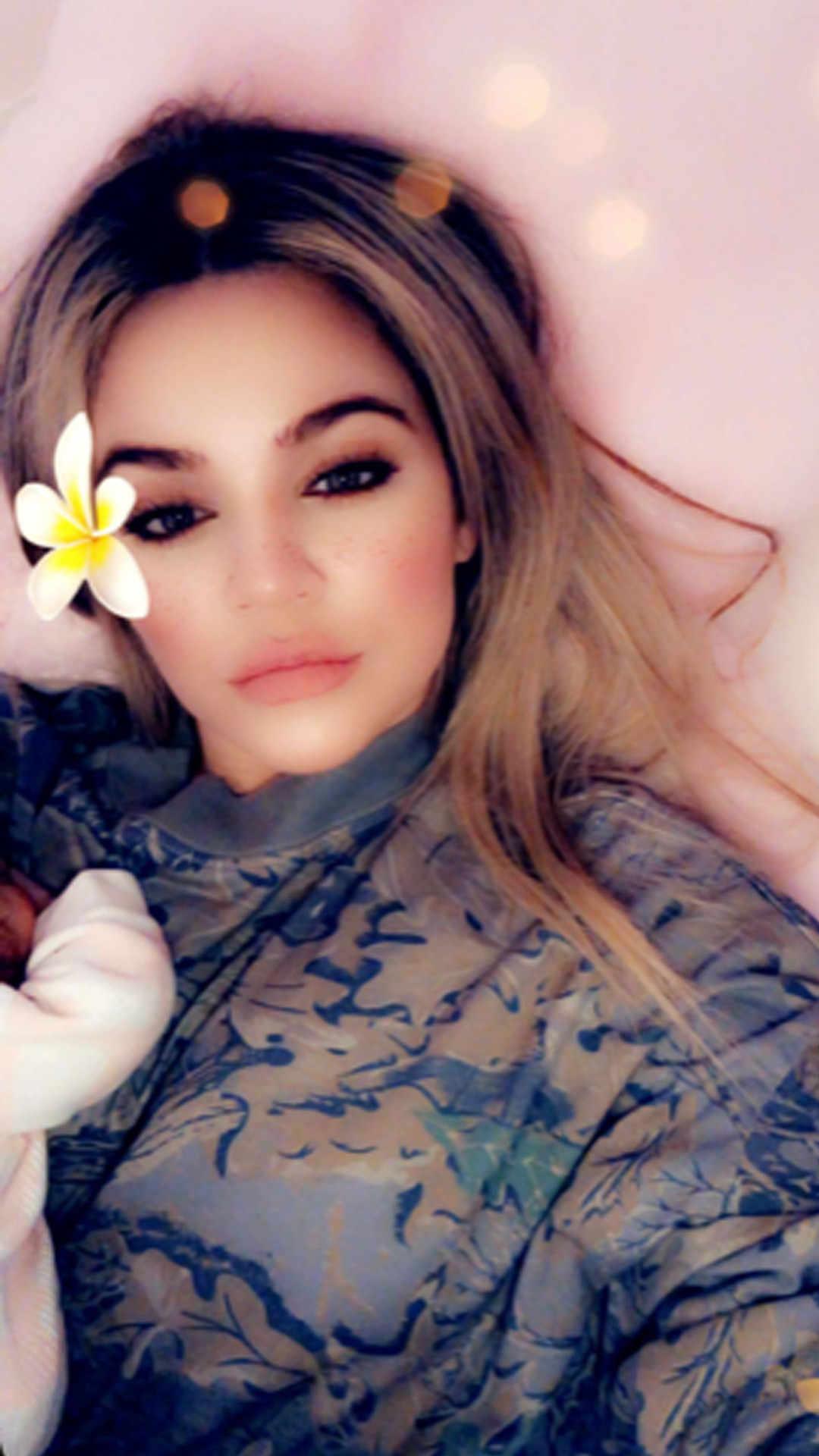 Khloe Kardashian Shared The First Photo Of True Thompson Hollywoodgossip