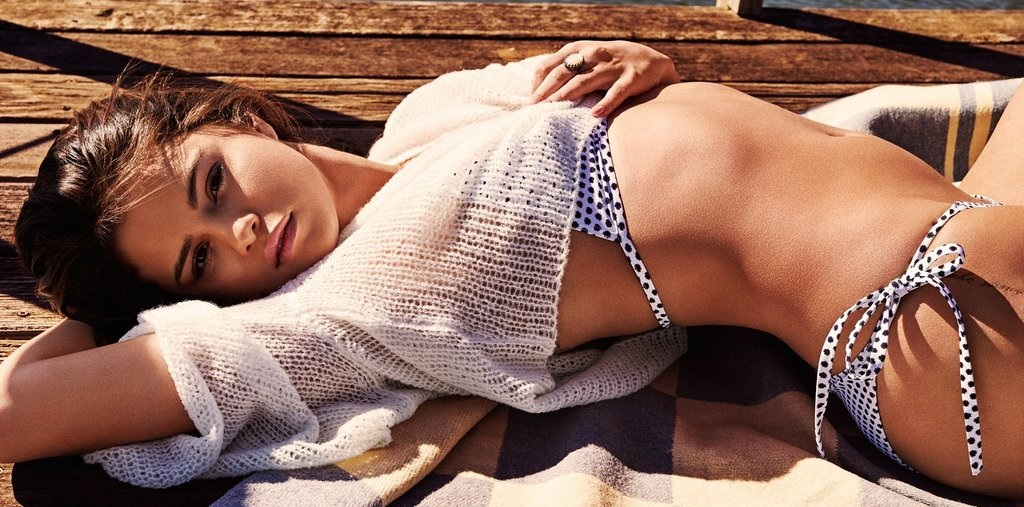 Selena Gomez Hottest S3xiest Photo Images Pics HollywoodGossip