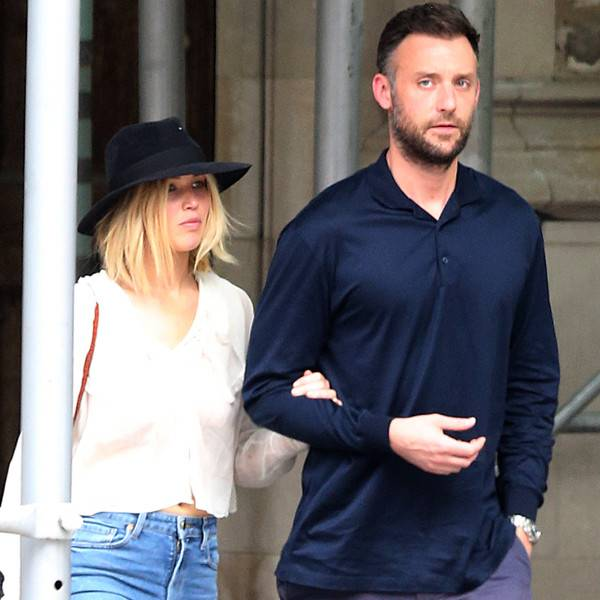 Jennifer Lawrence And Her New Boyfriend Cooke Maroney Kissed Each Other Hollywoodgossip