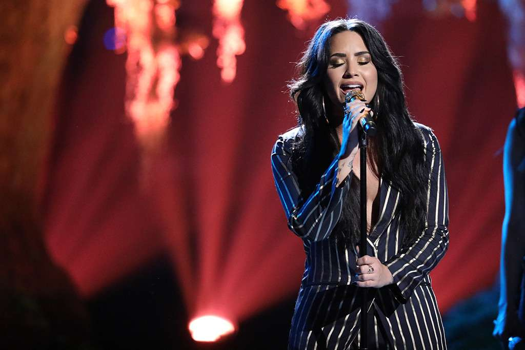 Experts On Overdose Of Demi Lovato Hollywoodgossip