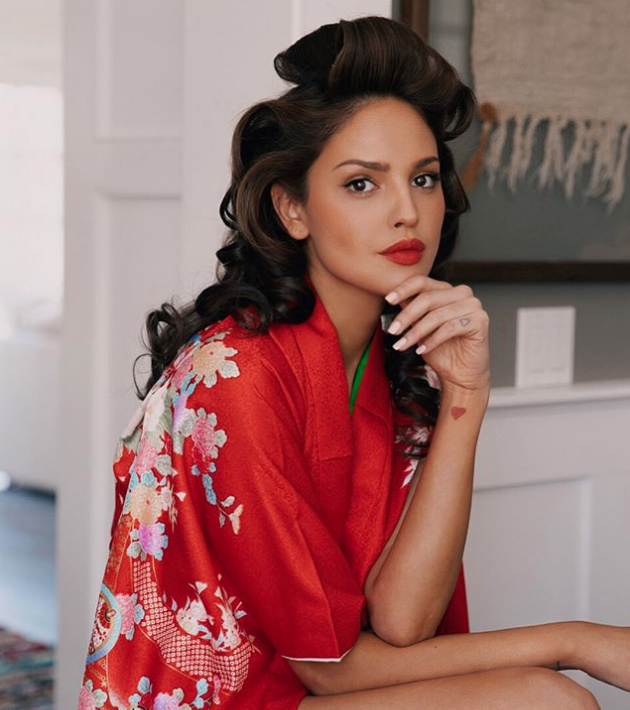 Beauty Routine Of Eiza Gonzalez Hollywoodgossip