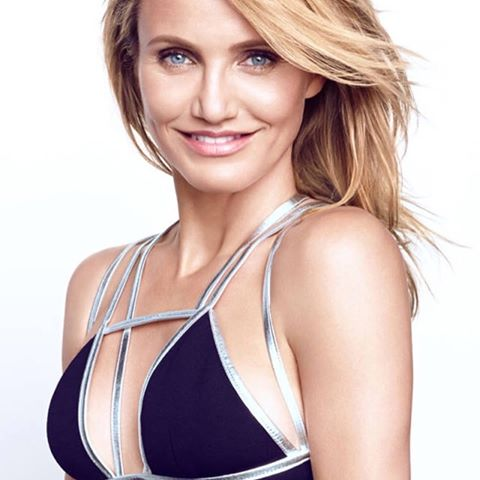 Cameron Diaz Hottest S3xiest Photo Images Pics HollywoodGossip