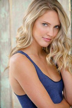 Ciara Hanna Hottest S3xiest Photo Images Pics HollywoodGossip