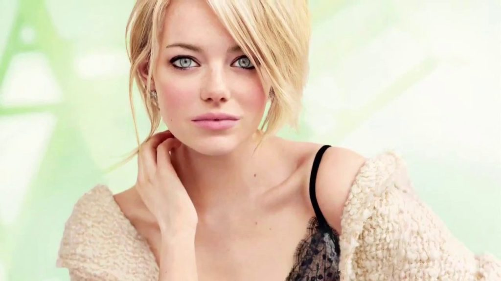 Emma Stone Hottest S3xiest Photo Images Pics HollywoodGossip