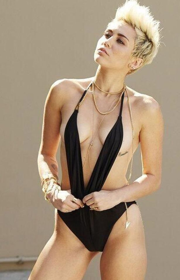 Miley Cyrus Hottest S3xiest Photo Images Pics HollywoodGossip