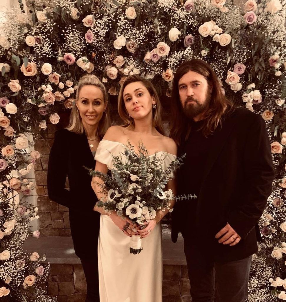 Wedding Cost Of Miley Cyrus And Liam Hemsworth HollywoodGossip