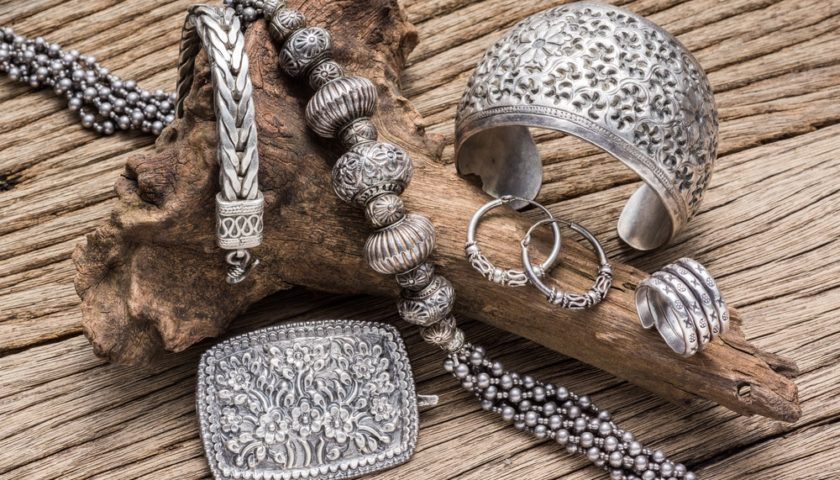 7 Health Benefits of Wearing Silver Jewelry