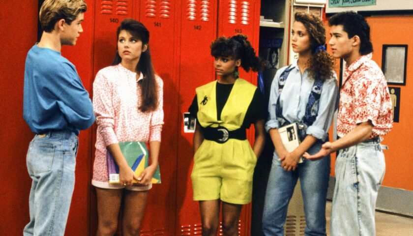 Saved By The Bell Review 2020 Tv Show